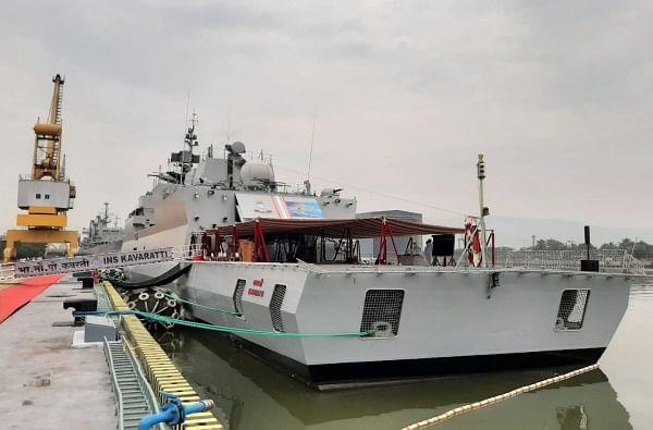 'आयएनएस कवरत्ती' ही युद्धनौका अण्वस्त्र, रासायनिक आणि जैविक युद्धातही काम करण्यास सक्षम आहे. तसंच लांब पल्ल्याच्या अभियानासाठीही उपयुक्त आहे.