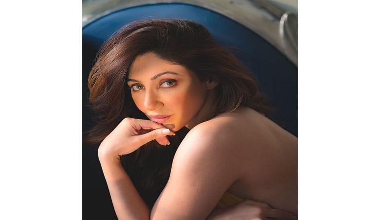 मालिकांमधील तिच्या अनेक भूमिका प्रेक्षकांच्या पसंतीस उतरल्या आहेत. 'मनमोहिनी' ,'इश्कबाज' आणि आता 'कुमकुम भाग्य' या मालिकांमध्ये रेहानानं उत्तम अभिनय केला आहे.