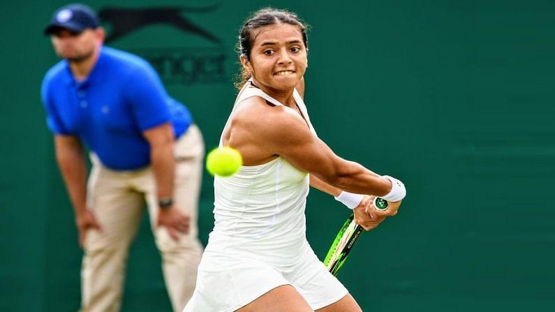 दरम्यान, जोधपूरमध्ये पार पडलेल्या टेनिस स्पर्धेत तिने भारताची टेनिसपटून स्नेहल मानेसह अंतिम फेरी गाठली. पंरतु अंतिम फेरीत अंकिता-स्नेहल जोडीला उपविजेतेपदावर समाधान मानावं लागलं.