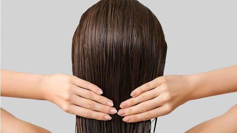 1. केसांसाठी प्रथिने खूप महत्वाची असतात, म्हणून रोजच्या आहारात मसूर आणि सोयाबीन घालावं.