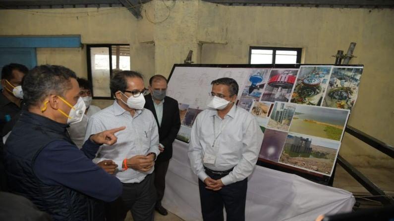 विकासाची कामे करताना पर्यावरणाचा समतोल राखला गेला पाहिजे. नाग नदीमुळे प्रदूषण होणार नाही यादृष्टीने नाग नदी प्रदूषणासंदर्भात दीर्घकालीन आराखडा तयार करण्याच्या सूचना यावेळी मुख्यमंत्री महोदयांनी दिल्या.