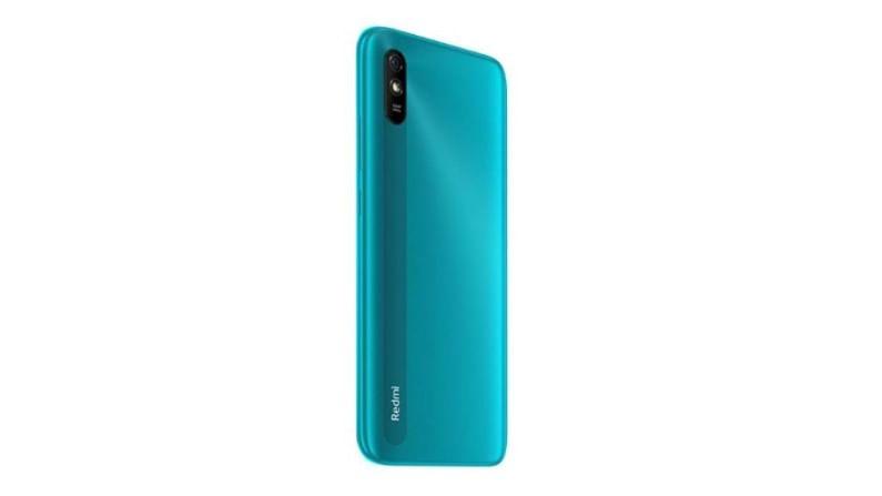 Xiaomi Redmi 9A : Xiaomi या कंपनीचे स्मार्टफोन दीर्घकाळ टिकतात, असे अनेक युजर्सचे म्हणणे आहे. विशेष म्हणजे Xiaomi ही स्मार्टफोन कंपनी 7 हजारांच्या आत तुम्हाला चांगले फिचर्स असणारे फोन देत आहे. Xiaomi Redmi 9A या फोनचा डिस्प्ले 6.53 इंच इतका आहे. या फोनमध्ये Android 10 आधारित MIUI 11 या सिस्टम आहे. या फोनमध्ये 13 मेगापिक्सलचा रिअर कॅमेरा आणि 5 मेगापिक्सलचा सेल्फी कॅमेरा आहे. (Best Smartphones Under 7000 Rs)