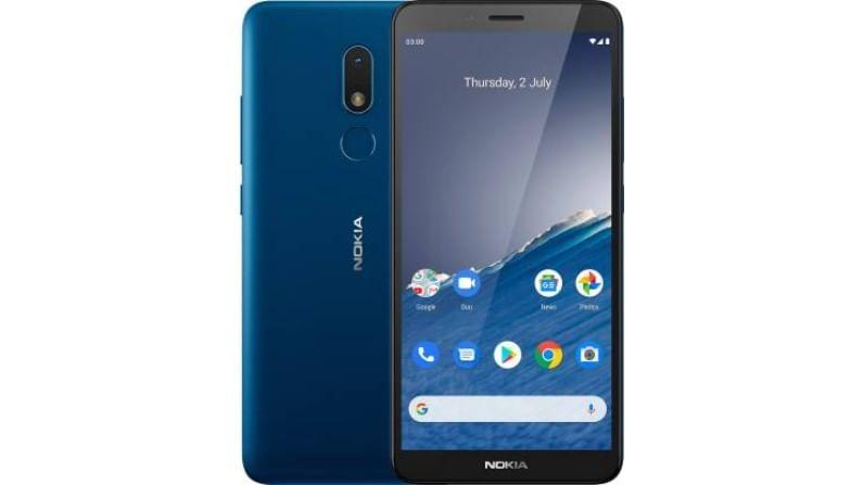 Nokia C3 2020 : Nokia C3 2020 हा फोन केवळ 6,999 रुपयांना उपलब्ध आहे. या फोनमध्ये 2 जीबी रॅम आणि 16 जीबी स्टोरेज मेमरी आहे. हा स्मार्टफोनही Android 10 ऑपरेटिंग सिस्टमवर सुरु होतो. ड्युअल सिम असणाऱ्या या फोनमध्ये 8 मेगापिक्सलचा रिअर कॅमेरा आहे. या स्मार्टफोन फिंगरप्रिंट सेन्सरही देण्यात आला आहे.
