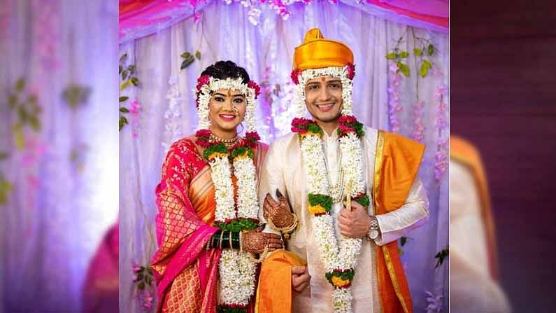 आशुतोषची पत्नी रुचिका पाटील देखील अभिनय क्षेत्रात सक्रिय आहे. 'गणपती बाप्पा मोरया', 'असे हे कन्यादान' या मालिकांमध्ये तिने काम केलं आहे.