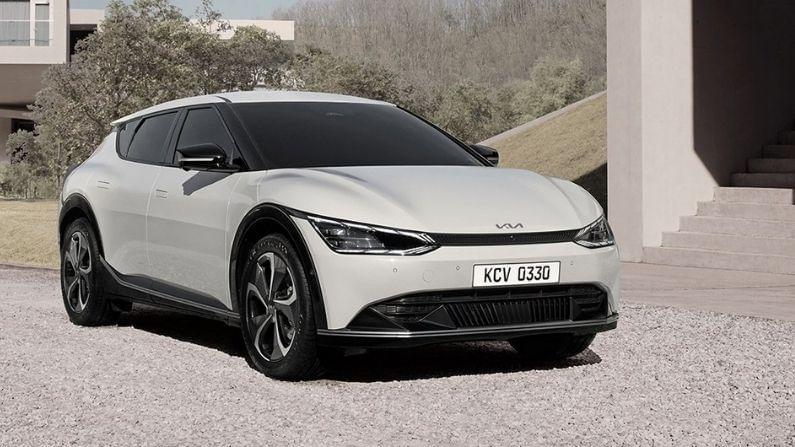कारचं फ्रंट पॅनल आधुनिक पद्धतीने डिझाईन करण्यात आलं आहे. ईव्ही 6 मध्ये एक शॉर्ट ओव्हरहँग आहे, असं फोटोंवरुन समजतंय. या कारची हेडलाईट बारीक असून एलईडी पॅटर्नमुले या कारला एक अनोखा लुक मिळाला आहे.