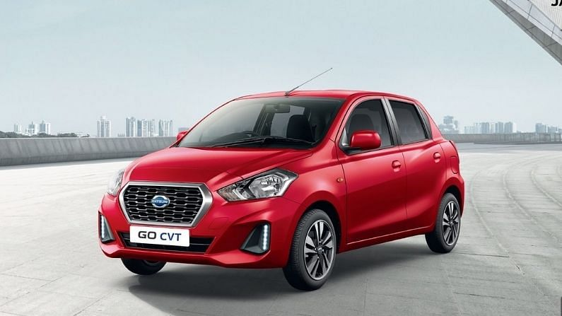 डॅटसन रेडी-गो भारतीय बाजारात 0.8- लीटर आणि 1- लिटर इंजिनमध्ये विक्रीस उपलब्ध आहे. या कारचे 0.8-लिटर इंजिन 5678 आरपीएम वर 54 पीएस पॉवर आणि 4386 आरपीएमवर 72 एनएम टॉर्क तयार करते. त्याच वेळी रेडी-गोचे 1 लिटर इंजिन 5500 आरपीएम वर 68 पीएस पॉवर आणि 4250 आरपीएम वर 91 एनएम टॉर्क तयार करते. त्याचे इंजिन 5-स्पीड ऑटोमॅटिक ट्रान्समिशनने सुसज्ज आहे. 0.8-लिटर इंजिन 5 स्पीड मॅन्युअल ट्रांसमिशनसह सुसज्ज आहे. त्याच वेळी, त्याचे 1-लिटर इंजिन 5-स्पीड ऑटोमॅटिक ट्रान्समिशनने सुसज्ज आहे.
