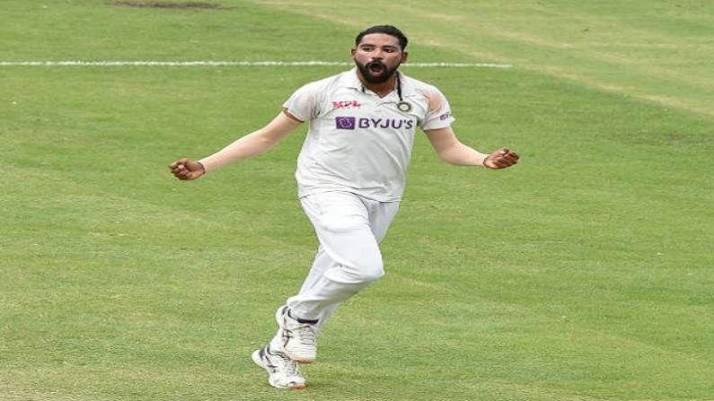 ऑस्ट्रेलिया दौऱ्यात अप्रतिम कामगिरी करत एका डावात पाच विकेट्स घेणाऱ्या मोहम्मद सिराजने (Mohammed Siraj) कसोटी क्रिकेट कारकिर्दीची सुरुवात उत्तम केली आहे. त्याने अवघ्या 7 सामन्यात 27 विकेट्स घेतल्या आहेत. भारत आणि इंग्लंड यांच्यात सुरु असलेल्या कसोटी मालिकेतील दुसऱ्या सामन्यात लॉर्ड्सवर त्याने दोन्ही डावांत मिळून 8 विकेट्स मिळवल्या आहेत.
