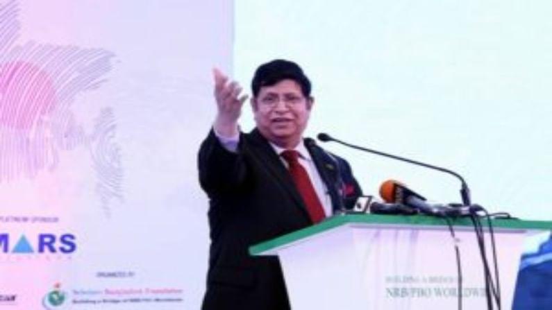 मोमेन म्हणाले, अमित शाह यांची बांग्लादेशबाबतची माहिती मर्यादित आहे. जेव्हा बांग्लादेश आणि भारताचे संबंध इतके पक्के असताना या प्रकारचं वक्तव्य करणे स्विकार्य नाही. अशा वक्तव्यांनी चुकीचा समज होऊ शकतो.