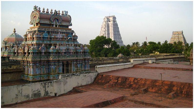 श्री रंगनाथस्वामी मंदिर भारताच्या तिरुचिराप्पल्ली शहरात आहे. हे मंदिर 631,000 मीटर स्केअर फूटमध्ये पसरलेले आहे.