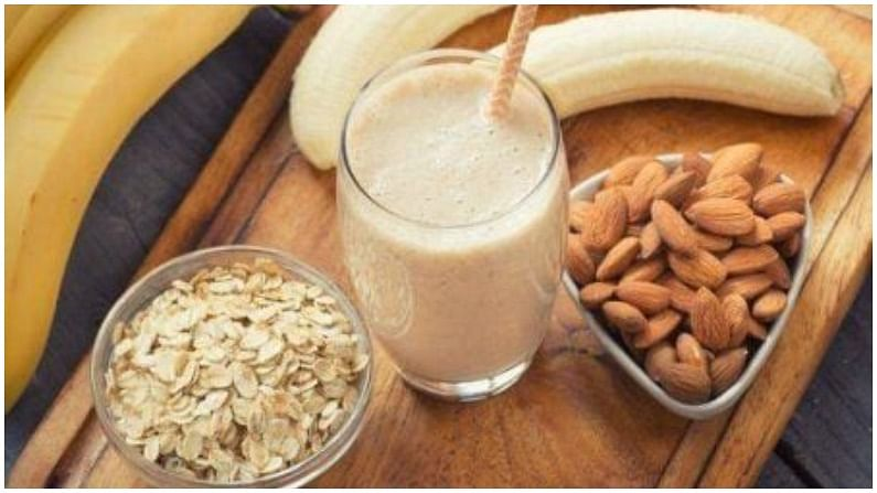 केळी आणि ओट्सची स्मूदी तयार करण्यासाठी तुम्हाला दालचिनी, मध, आलं, हळद, केळी, दूध आणि ओट्सची गरजेचं आहे.