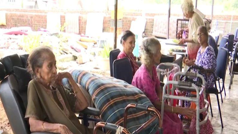 उद्धव ठाकरे, मनसे अध्यक्ष राज ठाकरे आणि जलसंपदा मंत्री जयंत पाटील या तिन्ही बड्या नेत्यांच्या शिक्षिका सुमन रणदिवे (Suman Randive) या 90 वर्षांच्या आहेत.