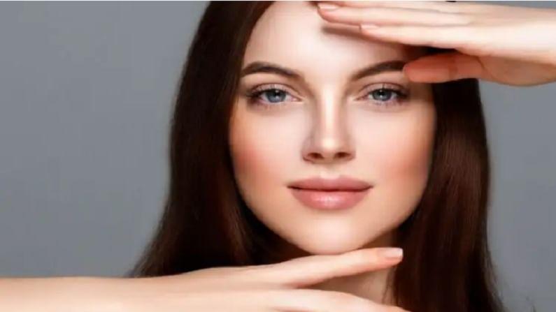 लीचीमध्ये अँटीऑक्सिडेंट गुणधर्म असतात. हे त्वचेला नुकसान करणारे फ्री रॅडिकल्स प्रतिबंधित करतात. लीचीचा फेसपॅक त्वचेसाठी अत्यंत फायदेशीर असतो.