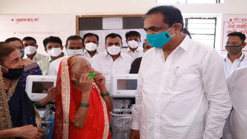 jayant patil gift saree to grandmother