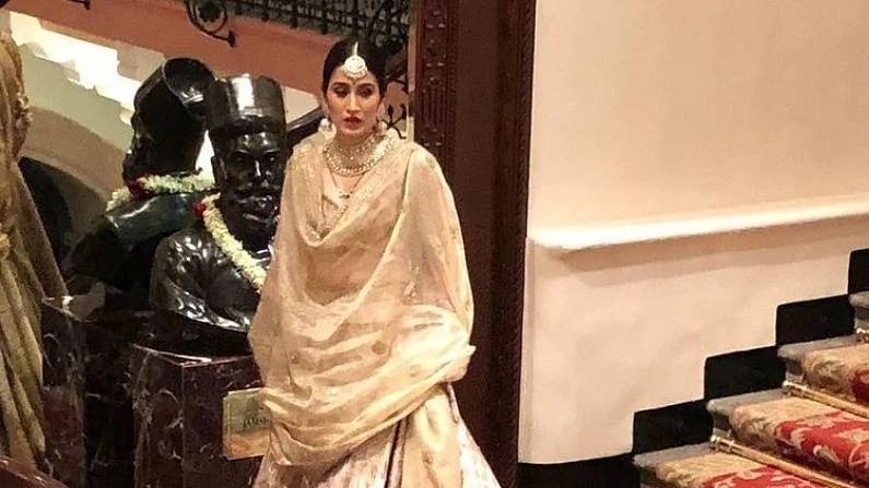bollywood Actress Sagarika Ghatge And Cricketer Zaheer khan Love Story