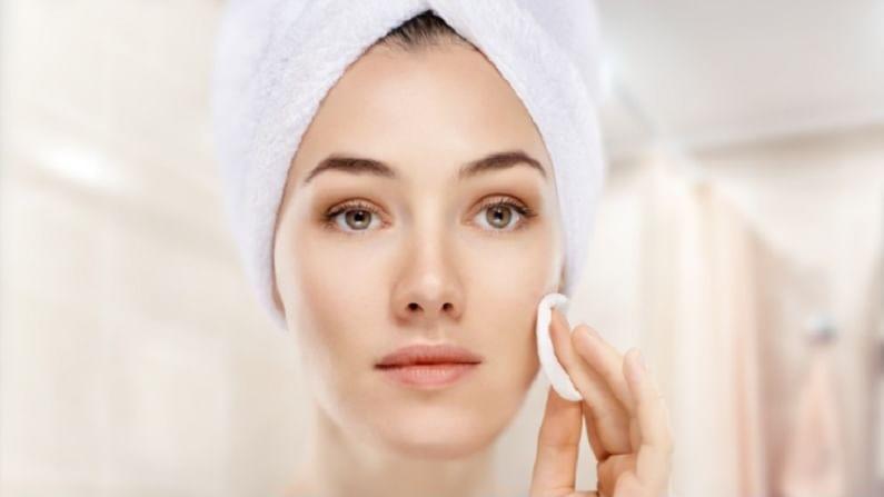 आता पावसाळ्याला सुरूवात झाली असून त्वचेकडे विशेष लक्ष देणे आवश्यक आहे. या हंगामात त्वचेच्या समस्या वाढतात. विशेषत: आपली त्वचा तेलकट होते. या पावसाळ्यात त्वचेच्या समस्या दूर करण्यासाठी आपण काही घरगुती उपाय केले पाहिजे. ज्यामुळे आपली त्वचा चांगली आणि सुंदर होईल.