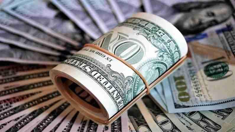 युनायटेड किंग्डममध्ये एकूण 0.3 ट्रिलियन डॉलर्सची परदेशी मालमत्ता जमा आहे. असा अंदाज आहे की ही संपत्ती दरवर्षी 4 टक्के दराने वाढेल.