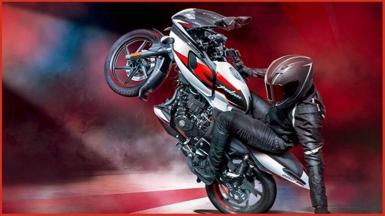 तिसऱ्या क्रमांकावर Bajaj Pulsar ही बाईक आहे. कंपनीने मे महिन्यात या बाईकच्या 17,006 युनिट्सची विक्री केली आहे.