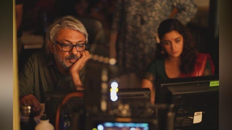 आलियानं काही फोटो शेअर केले आहेत, ज्यात ती संजय लीला भन्साळी तसेच चित्रपटाच्या संपूर्ण टीमसोबत दिसतेय. आलियानं असंही लिहिलं आहे की आम्ही 8 डिसेंबर 2019 रोजी गंगूबाई काठियावाडी याचित्रपटाचं शूटिंग सुरु केलं होतं… आणि आता 2 वर्षानंतर चित्रपटाचं शूटिंग पूर्ण झालं आहे. हा चित्रपट आणि सेट 2 लॉकडाउन आणि 2 वादळांमधून गेले आहेत .. मेकिंग दरम्यान चित्रपटाचे दिग्दर्शक आणि अभिनेता यांनाही कोरोनाची लागण झाली होती. सेटनं अनेक त्रासांचा सामना केला आहे तो एक वेगळा चित्रपटच  आहे.