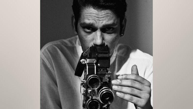 शाहरुख खानच्या रेड चिलीज प्रॉडक्शनच्या बॅनरखाली तयार होणाऱ्या 'डार्लिंग्ज' या चित्रपटात लवकरच विजय वर्मा आलिया भट्टसोबत दिसणार आहेत.