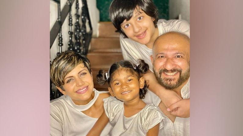 राज कौशल यांच्या मुलांनी गेल्या रविवारीच फादर्स डे निमित्त वडिलांसोबत सेल्फी शेअर केले होते.