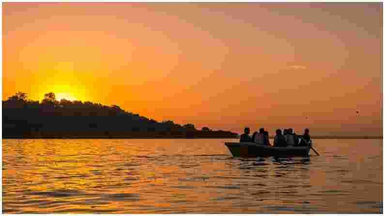PHOTO   Bhopal Tourist Places : प्रत्येकाने भेट द्यावी अशी भोपाळमधील 5 ठिकाणे