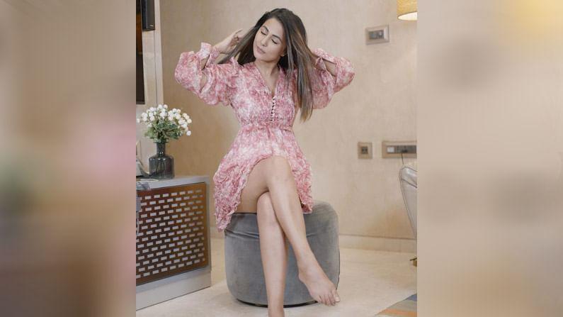 अभिनेत्री हिना खानने आपल्या करिअरची सुरूवात प्रसिद्ध टीव्ही शो 'ये रिश्ता क्या कहलाता है' पासून केली होती.