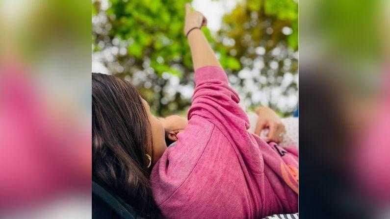 11 जुलैलाच वामिका सहा महिन्यांची झाली आहे. यावेळी अनुष्का शर्माने तिची स्वत:ची आणि विराट कोहलीची मुलगी वामिकाची छायाचित्रे पोस्ट केली. सध्या हे संपूर्ण कुटुंब ब्रिटनच्या दौर्यावर आहे. अशा परिस्थितीत विराट आणि अनुष्का वामिकाच्या वाढदिवसानिमित्ताने फिरायला बाहेर गेले होते. वामिकाच्या सहाव्या महिन्याचा वाढदिवस तेथे सहल करून साजरा करण्यात आला.