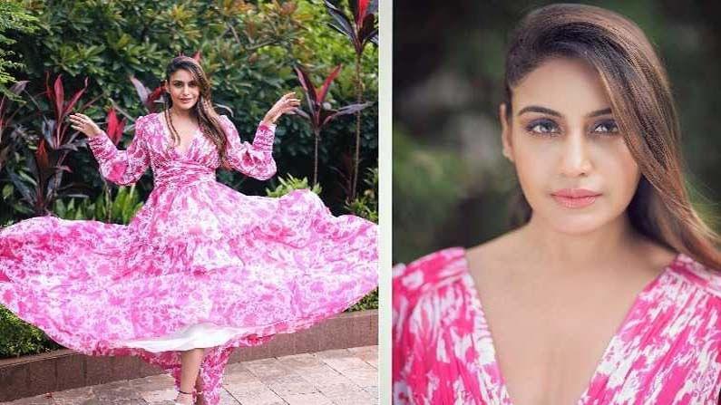 'गुलाबी परी' बनलेल्या सुरभीची खास स्टाईल चाहत्यांना आवडत आहे. हे फोटो पोस्ट होताच व्हायरल झाले आहेत. फोटोंमध्ये अभिनेत्री गुलाबी रंगाचा गाऊन स्टाईल ड्रेस परिधान केलेली दिसत आहे.