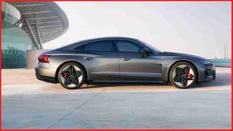 Audi RS e-Tron GT, 2300 किलोग्रामपेक्षा अधिक वजनदार या यादीतील सर्वात वजनदार कार आहे. ही कार फक्त 3 सेकंदात 0-100 किमी/तास वेगात धावू शकते. या कारचा सर्वाधिक स्पीड 250 किमी / तास आहे.