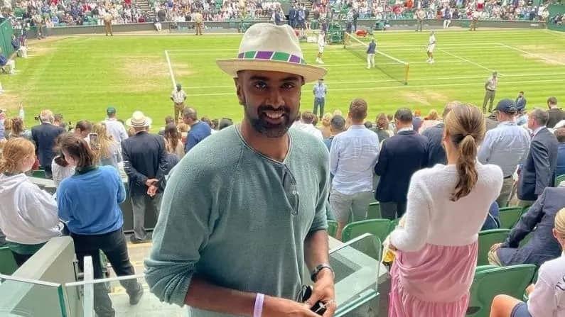 भारताचा स्टार फिरकीपटू आर आश्विनही विम्बल्डनचा सामना पाहण्यासाठी गेला होता. सुदैवाने त्याला कोरोनाची लागण झाली नसूुन तो सध्या काउंटी क्रिकेटमध्ये खेळत आहे.