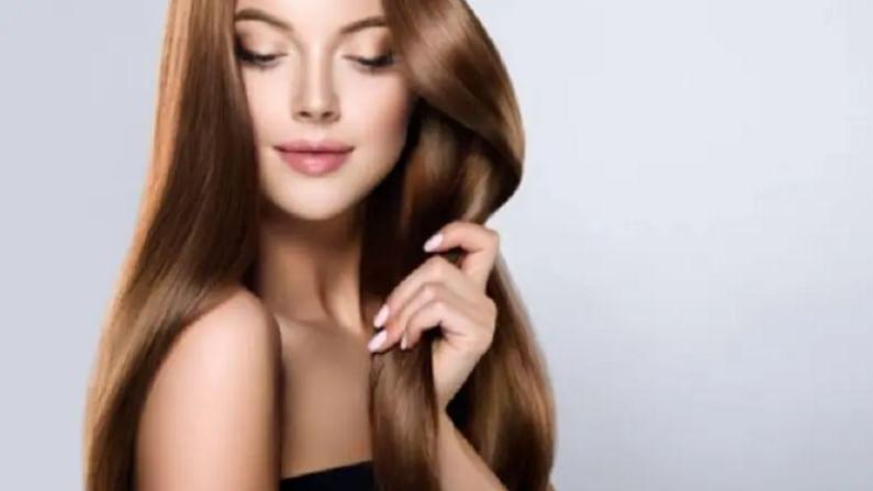 केसांना तेल लावणे फार महत्वाचे आहे. बरेच लोक नियमितपणे तेल केसांना लावत नाहीत. कोरडे आणि निर्जीव केस होण्याचे हे एक मुख्य कारण आहे. तेल लावल्याने आपल्या केसांना आणि टाळूला पोषण मिळते. केस निरोगी राहण्यासाठी आपण नियमितपणे मालिश केली पाहिजे.