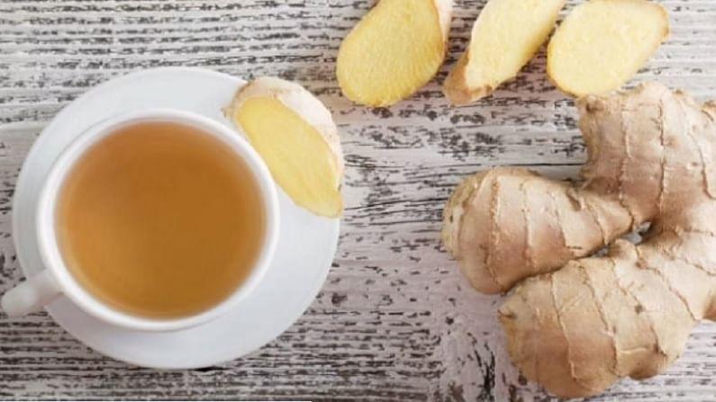 आल्याचा चहा आपल्या आरोग्यासाठी अत्यंत फायदेशीर असतो. आल्याचा चहा पिल्याने आपली रोगप्रतिकारक शक्ती वाढण्यास मदत होते. आपल्या शरीरात रक्त परिसंचरण वाढवते आणि आपल्या घश्यावर आणि फुफ्फुसांवर चांगले परिणाम या चहामुळे होतात.