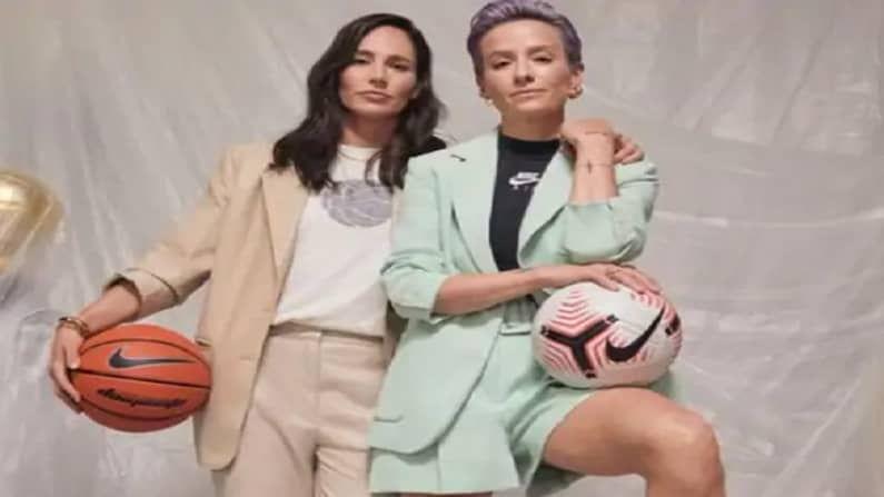 अमेरिका महिला सॉकर टीमची मेगन रेपिनोई आणि महिला बास्केट बॉल टीमची सू बर्ड या दोघींची भेट रियो ओलिम्पिक 2016 मध्ये झाली होती.  दोघीही सध्या एन्गेज्ड आहेत.