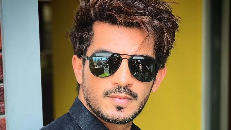 छोट्या पडद्यावरील प्रसिद्ध अभिनेता अर्जुन बिजलानी हा देखील 'बिग बॉस 15चा भाग असणार आहे, याची निश्चिती झाली आहे.