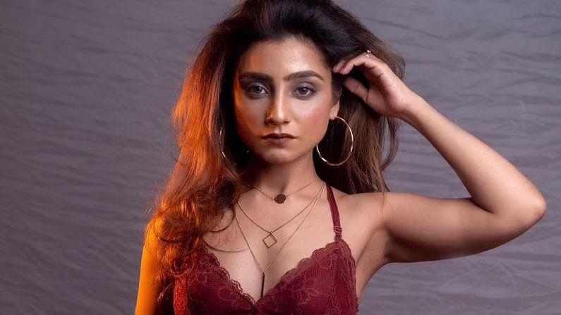 टीव्ही अभिनेत्री नेहा मर्दाचे नावही बिग बॉससाठी घेतले जात आहे. सध्या नेहा 'रिश्तों की कट्टी बट्टी' या शोमध्ये दिसत आहे.