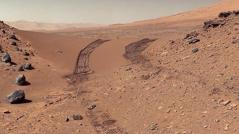 2018 मध्ये MARSIS ने मंगळाच्या दक्षिण ध्रुवावर बर्फाच्या खाली पाण्याचं अस्तित्व असल्याचं म्हटलं होतं (MARS Water Frozen Clay Soil). त्यानंतर 2 वर्षांनी कोरडे तलावही मिळाले.