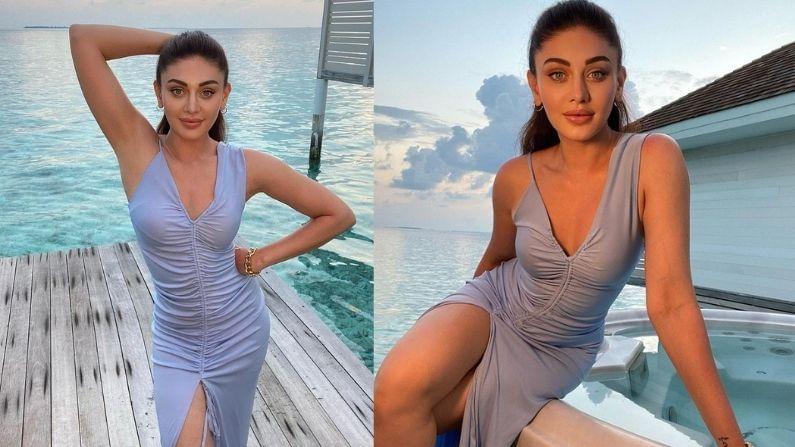'कांटा लगा' गर्ल शेफाली जरीवाला सध्या तिच्या मालदीव ट्रीपला आठवत आहे. तिनं या ट्रीपचे काही थ्रोबॅक फोटो सोशल मीडियावर शेअर केले आहेत. मालदीवच्या समुद्रकिनाऱ्यावर मजा करतानाचे तिचे हे फोटो खूप व्हायरल होत आहेत. शेफाली जरीवालाचा हा लूकही सर्वांना आवडत आहे.