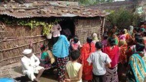 women aggressive against liquor dealers in Buldhana