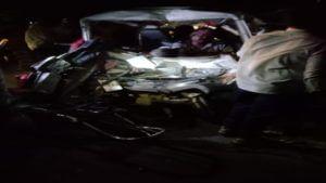 three death in truck and omni van accident in Sangola Soalapur