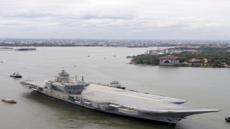 भारतीय बनावटीची पहिली विमानवाहू युद्धनौका IAC 'विक्रांत'चं समुद्री परीक्षण बुधवारपासून (4 ऑगस्ट) सुरू करण्यात आलं आहे. यासोबतच भारतानं अत्याधुनिक युद्धनौकांची डिझाईन आणि निर्मिती करणाऱ्या जगातल्या मोजक्या देशांच्या पंक्तीत स्थान मिळवलं आहे.