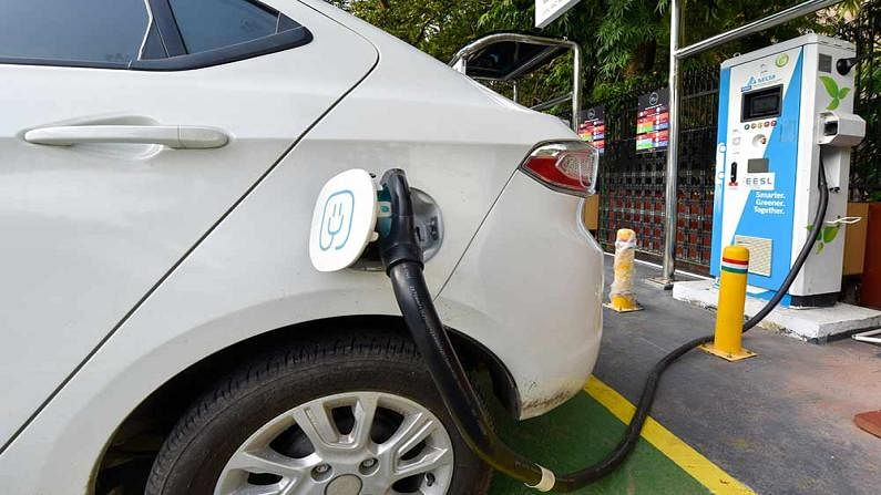 Always remind these 5 things while buying electric Car