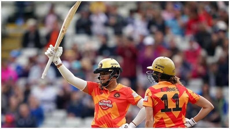 सर्वाधिक वैयक्तिक स्कोर करण्यात तिसऱ्या क्रमांकावरही भारतीय खेळाडू आहे. भारताच्या स्फोटक फलंदाज शेफालीने 76 धावा करत तिसरं स्थान मिळवलं आहे.