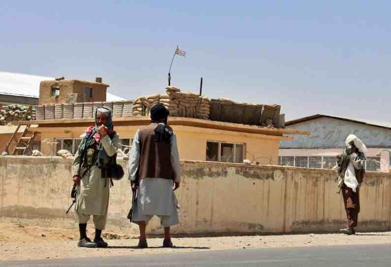 आता अफगाणिस्तानच्या सरकारकडे केवळ राजधानी काबुल आणि देशाचा उर्वरित भाग आहे.