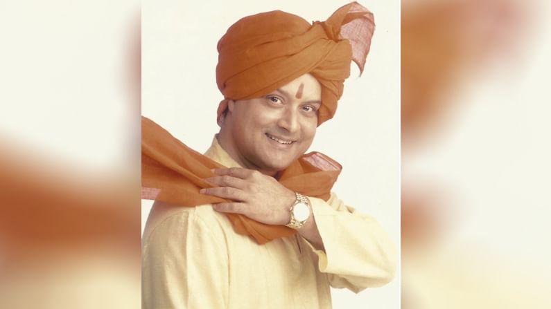 सचिन पिळगावकर (Sachin Pilgaonkar) यांचा जन्म 17 ऑगस्ट 1957 रोजी मुंबईत झाला, तर त्यांची पत्नी सुप्रिया यांचा जन्म 17 ऑगस्ट 1967 मध्ये झाला. सचिन पिळगावकर यांनी बालकलाकार म्हणून अभिनय क्षेत्रात पदार्पण केले. वयाच्या अवघ्या चारव्या वर्षी त्याने अभिनयाला सुरुवात केली. बॉलिवूड चित्रपटांव्यतिरिक्त सचिन पिळगावकर यांनी मराठी, भोजपुरी आणि अनेक टीव्ही शोमध्येही काम केले आहे.