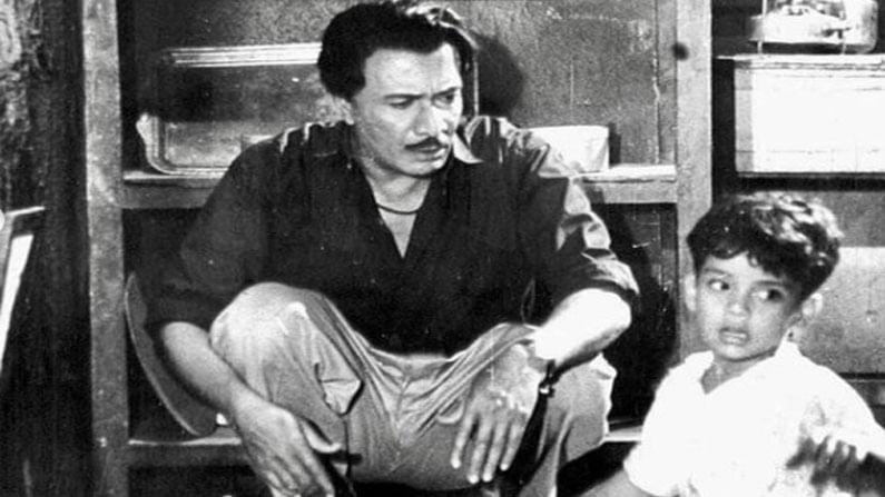 सचिन पिळगावकर यांनी मराठी चित्रपटांमधून पदार्पण केले. 'हा माझा मार्ग एकला' हा त्यांचा पहिला चित्रपट होता. यानंतर त्यांनी अनेक मराठी चित्रपटांमध्ये काम केले. सचिन पिळगावकर यांनी 'गीत गाता चल', 'बालिका वधू', 'आँखियों के झारोखो से' आणि 'नदिया के पार' यासह अनेक उत्तम चित्रपटांमध्ये मुख्य अभिनेता म्हणून काम केले आणि प्रेक्षकांच्या हृदयात एक विशेष स्थान निर्माण केले.