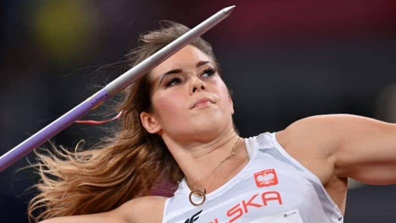 मारियाने यंदा दुसऱ्या वेळी ऑलिम्पिकमध्ये सहभागल घेतला होता. 2016 च्या रिओ ऑलिम्पिकमध्ये तिचे कांस्य पदक थोडक्यात हुकले होते. पण यंदा तिने 64.61 मीटर लांब भाला फेकत थेट रौैप्य पदकाला गवासणी घातली आहे.