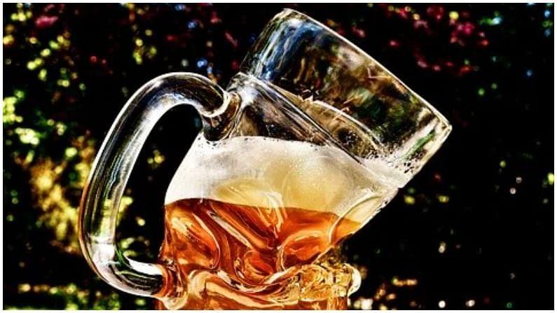 भारतात विक्री होणारी आणि सर्वाधिक अल्कोहलचं प्रमाण असणारी बिअर ब्रोकोड ही आहे. त्यात अल्कोहलचं प्रमाण 15 टक्के असतं. जगातील सर्वात स्ट्रॉन्ग बिअर स्नेक वेनम (Sanke Venom) आहे. यात 67.5 टक्के अल्कोहलचं प्रमाण असतं. ही एक ब्रिटिश बिअर आहे.