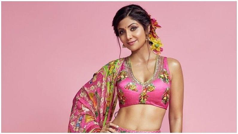 राज कुंद्रा प्रकरणानंतर आता बॉलिवूड अभिनेत्री शिल्पा शेट्टीनं कामाला सुरूवात केली आहे. काही दिवसांपूर्वीच ती सुपर डान्सर चॅप्टर 4 शोमध्ये परतली आहे.