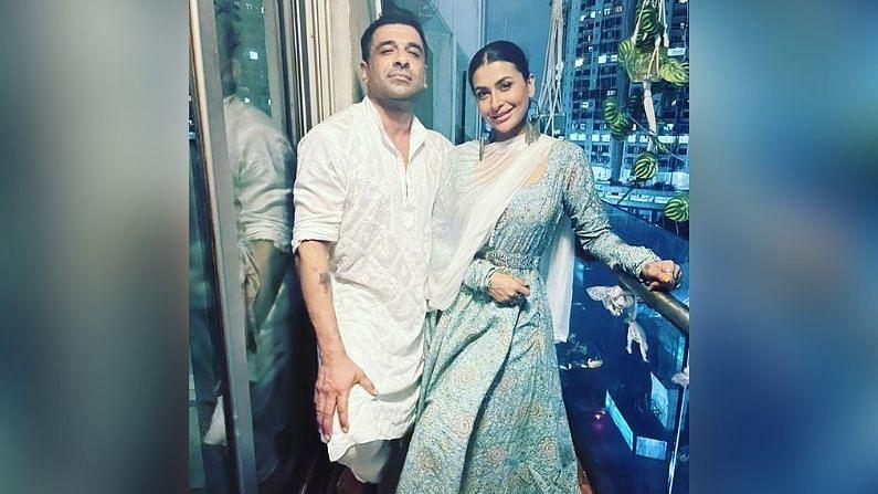 सध्या पवित्रा एजाज खान सोबत रिलेशनशिपमध्ये आहे, हे दोघं आता मुंबईत एकत्र राहतात.