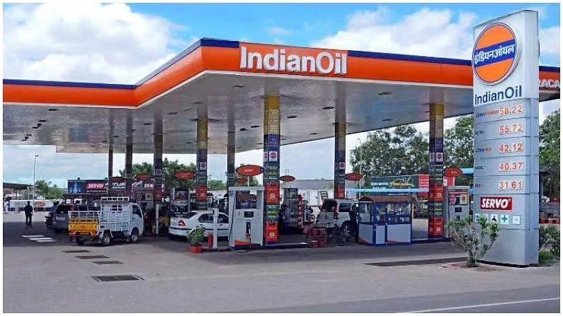 कंपन्यांना परवाना मिळाल्याच्या 5 वर्षांच्या आत देशभरात किमान 100 पेट्रोल पंप सुरू करावे लागतील, त्यापैकी ग्रामीण भागात 5 टक्के पेट्रोल पंप उघडणे बंधनकारक असेल.